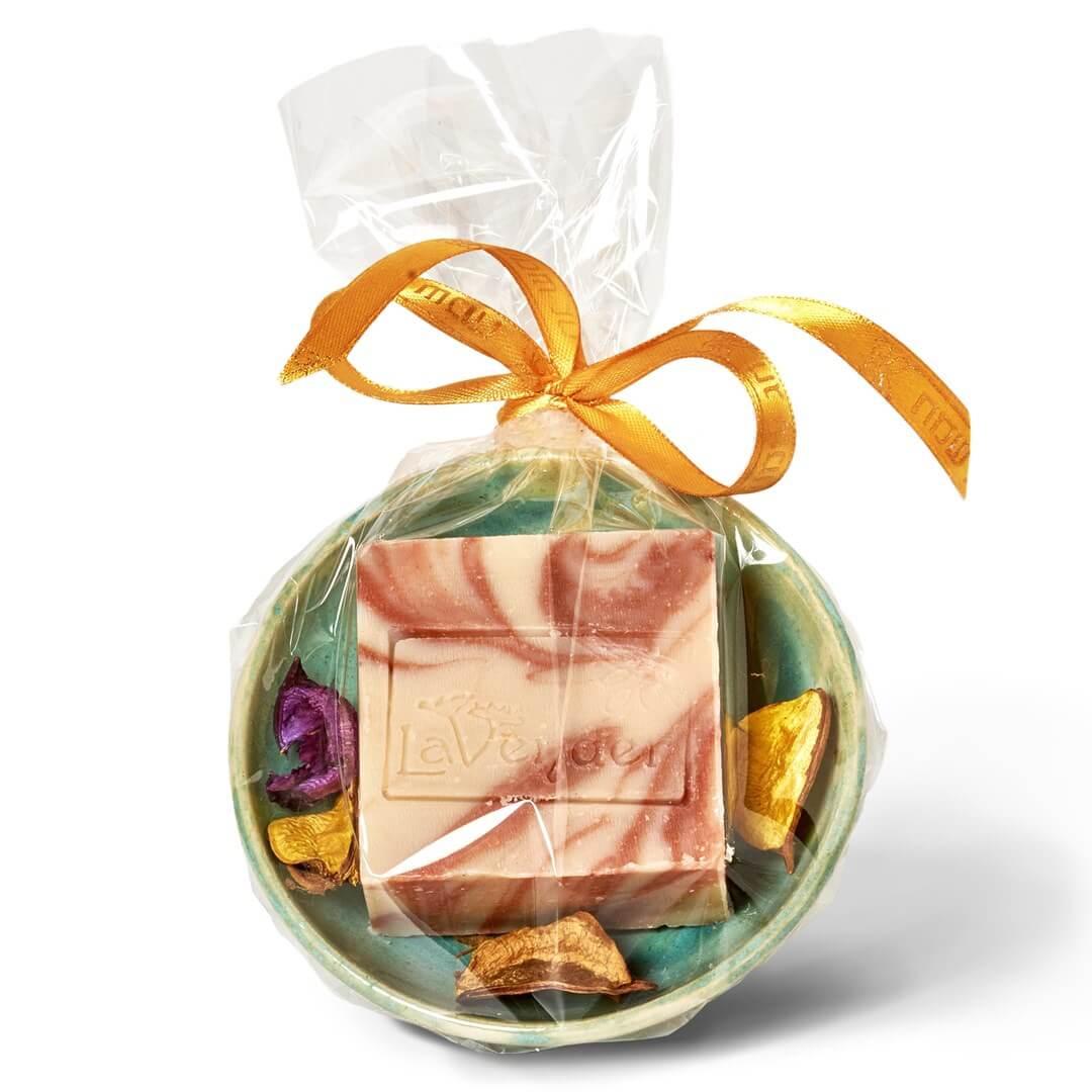סבון טבעי וסבוניה מארז מתנה - לבנדר קוסמטיקה טבעית
