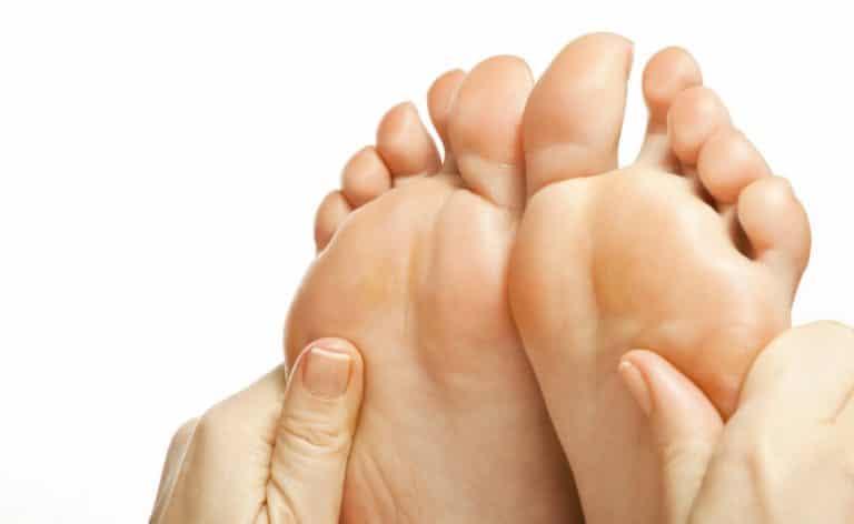 סדקים בכפות הרגליים - קרם רגליים טיפולי - לבנדר קוסמטיקה טבעית