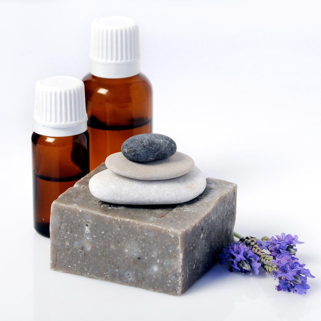סבון טבעי משמן זית עם בוץ ים המלח - לבנדר קוסמטיקה טבעית